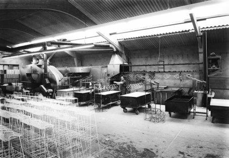 historisches Bild PVC Beschichtungsanlage