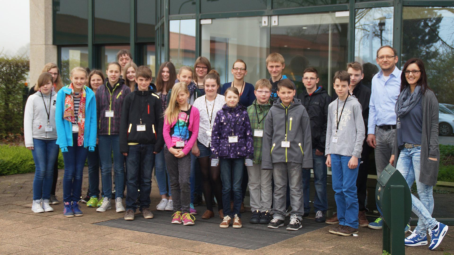 Girls' & Boys'  Day 2015 – DER HIT: Hochregalstaplerfahren